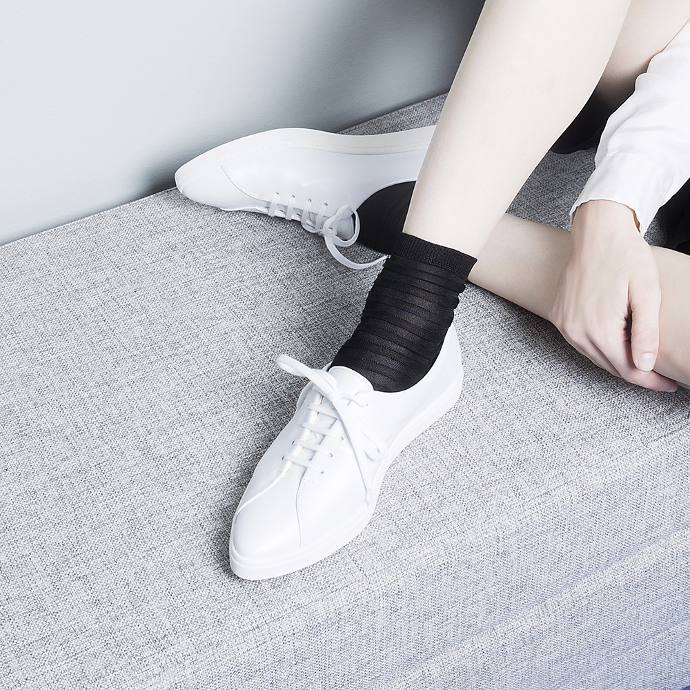 spitz original all white shop the elegant women 39 s sneakers with signature pointed toe in. Black Bedroom Furniture Sets. Home Design Ideas