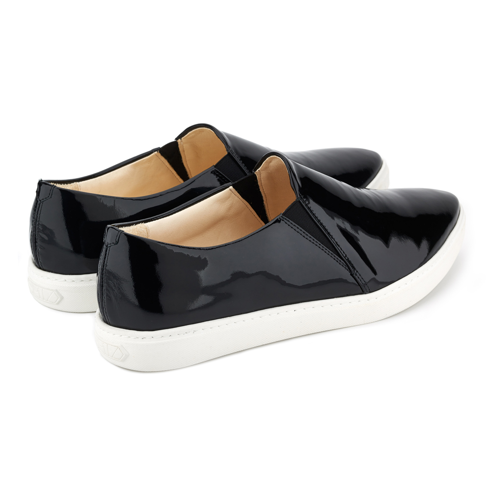 spitz slip on black patent back