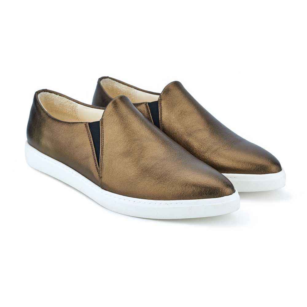 spitz slip on bronze front
