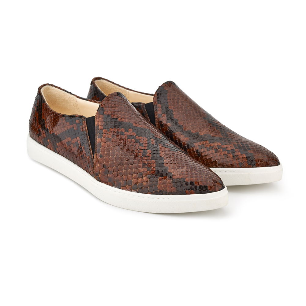spitz slip on brown phyton front